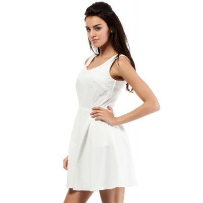 ed982444a2 Eleganckie i modne sukienki na bal gimnazjalny (komers)
