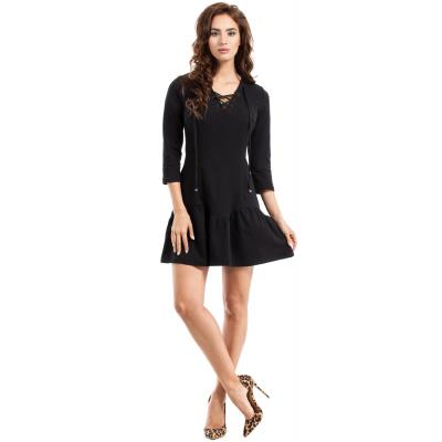 c6e6355d57 Czarna sukienka mini z wiązaniem na dekolcie MOE244