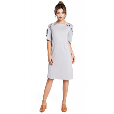 d1bd0343b095c7 Luźna krótka sukienka z krótkim rękawem z falbankami szara B035