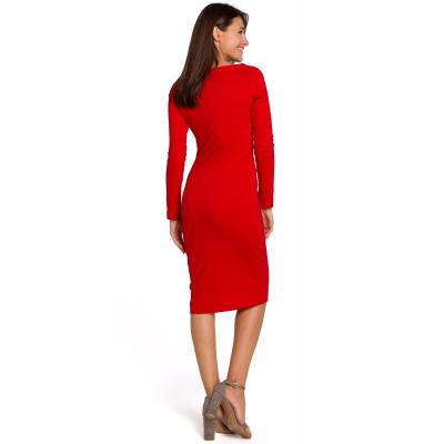 f7e5ac82f1 Elegancka sukienka ołówkowa z szerokim dekoltem czerwona S152
