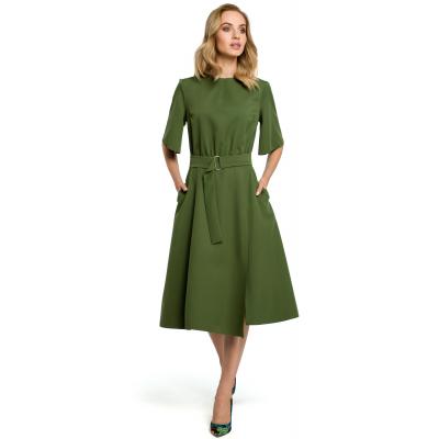 5cfa0bd878 Rozkloszowana sukienka na co dzień z paskiem podkreślającym talię zielona  M396