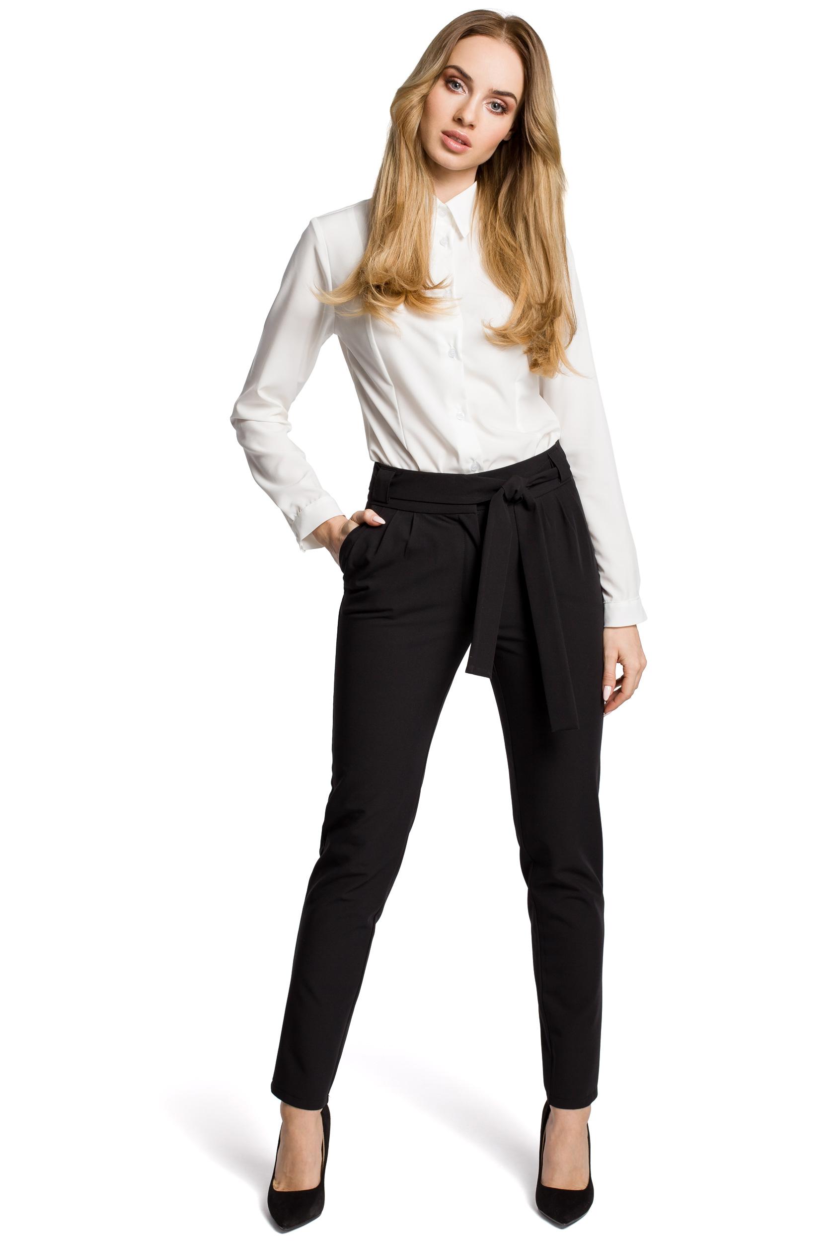 89b1335bf5a0 Damskie spodnie chino z wysokim stanem z paskiem czarne M363